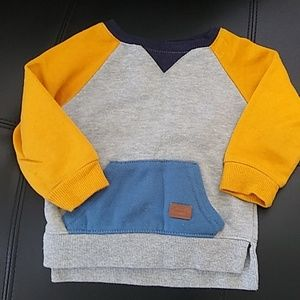 Baby sweater 9-12 months